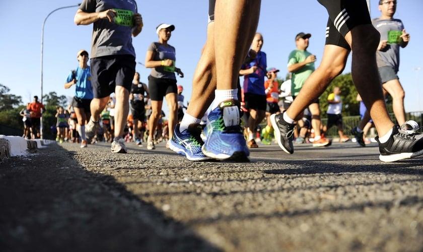 É manter um preparo físico para avançar na prática da corrida. (Foto: Marcos Ribolli)