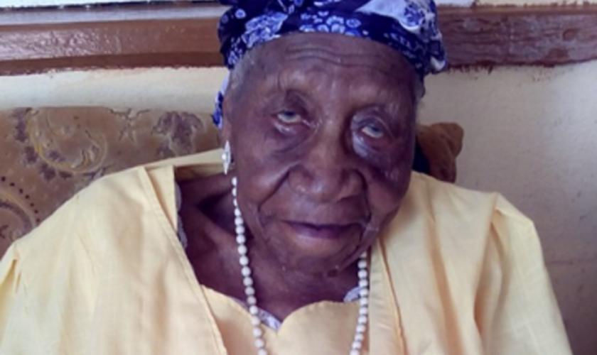 Violet Mosses Brown se tornou a pessoa mais velha do mundo, aos 117 anos. (Foto: Invisionfree/Family)