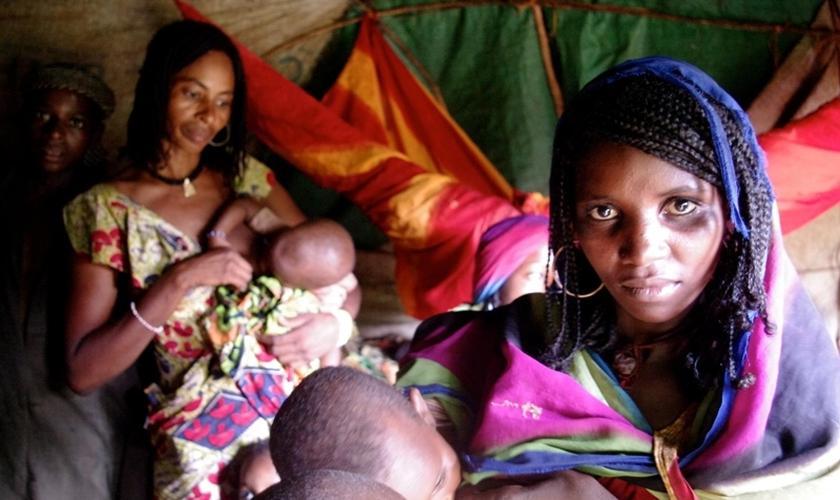 Mulheres como Margaret não têm casas para onde ir e são vítimas contínuas do conflito interno que ocorreu. (Foto: Reprodução).