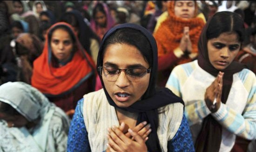 Cristãos na Índia. (Foto: Evangel FM)