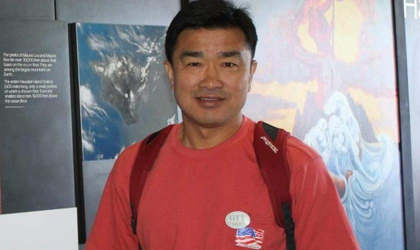 Kim Sang-Duk estava se preparando para viajar e deixar a Coreia do Norte quando recebeu a ordem de prisão. (Foto: Reprodução/Facebook).