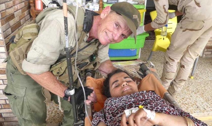 Rahab recebeu a ajuda do missionário americano para escapar. (Foto: Dave Eubank/Free Burma Rangers)