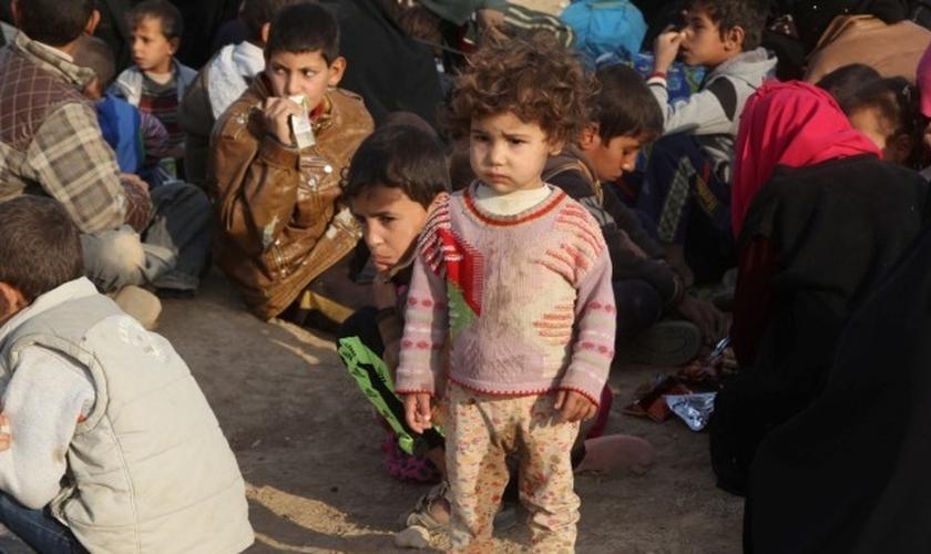 Mais de 100 mil crianças estão correndo risco de serem usadas como escudos humanos em Mossul. (Foto: alwaght)