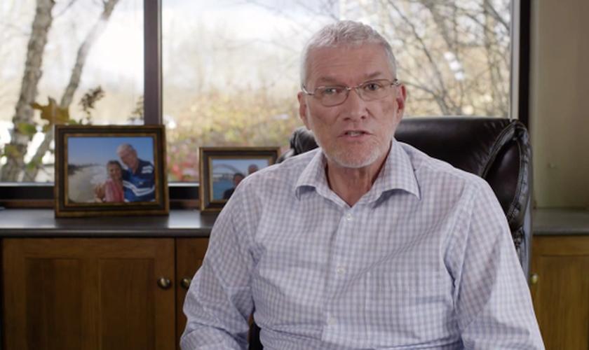 Ken Ham é cientista adepto do Criacionismo e evangelista. (Imagem: Youtube)