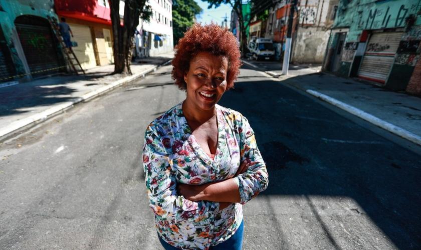 A pastora Nildes Néri trabalha há 13 anos na região da Cracolândia, em São Paulo. (Foto: Fábio Tito/G1)