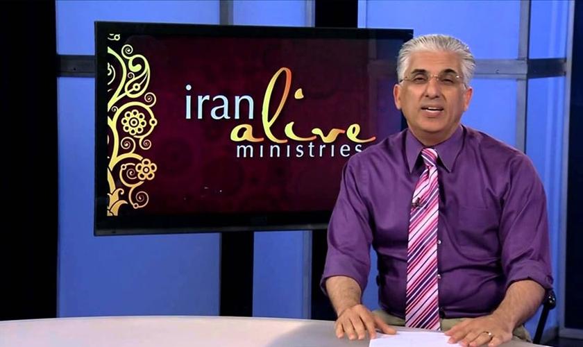O missionário afirma que a geração com menos de 20 anos tem o maior potencial para transformar o Irã. (Foto: Reprodução).