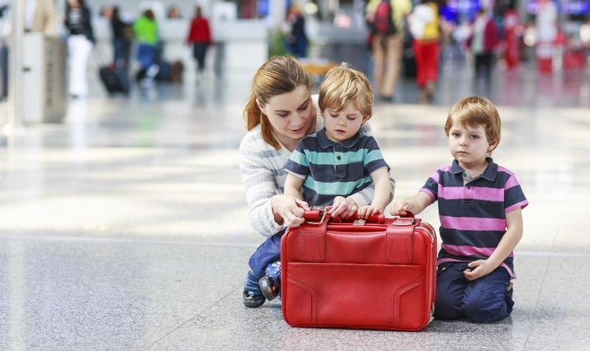 Companhias aéreas estão estão tarifando a bagagem despachada em voos nacionais e internacionais. (Foto: Thinkstock)