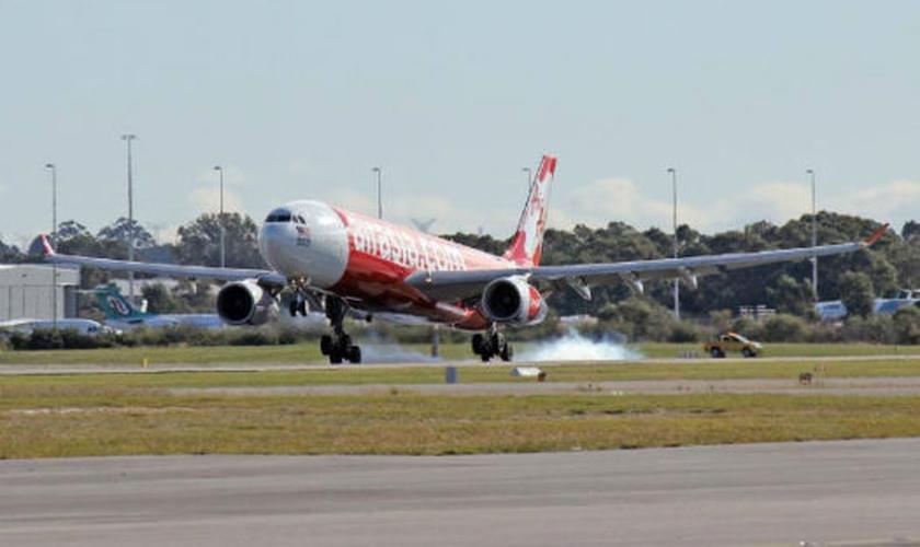 O Airbus A330 sofreu fortes abalos após um problema técnico neste domingo (25). (Foto: Reprodução)