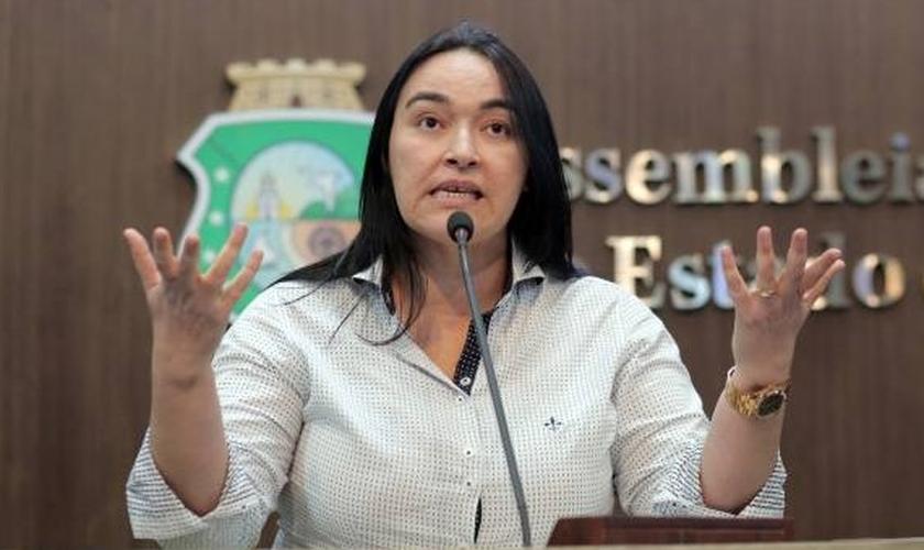 Dra. Silvana é deputada estadual no Ceará, pelo PMDB. (Foto: Dra. Silvana - Blog Oficial)