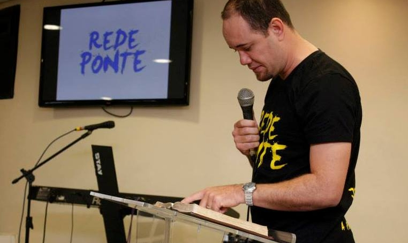 Mário Diniz é pastor em Belo Horizonte e ministro de louvor. (Foto: Reprodução).
