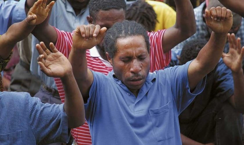 O Evangelho está se fortalecendo com a ajuda de missionários em Papua Nova Guiné. (Foto: NZ)