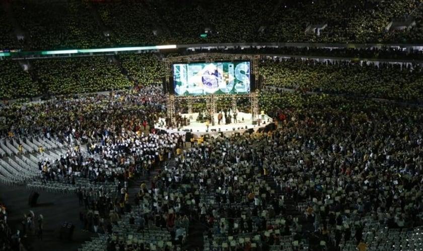 Segundo a organização do evento, os 50 mil ingressos que estavam disponíveis foram vendidos. (Foto: Maicon J. Gomes/Gazeta do Povo).