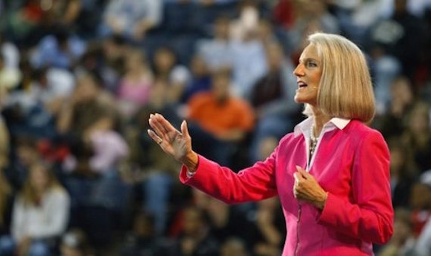 Anne Graham Lotz é evangelista e segue o legado de seu pai, Billy Graham. (Foto: AnGeL Ministries)