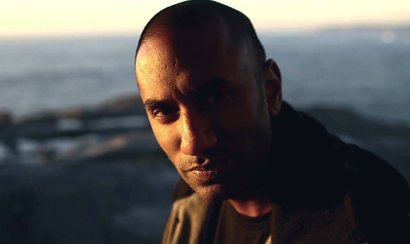 Imagem ilustrativa. Rabi foi impactado pelo Evangelho após ser criado por uma família muçulmana. (Foto: Portas Abertas)
