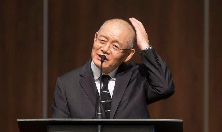Hyeon Soo Lim foi libertado de uma prisão na Coreia do Norte e voltou para sua igreja e sua família, no Canadá. (Foto: Huffington Post Canada)