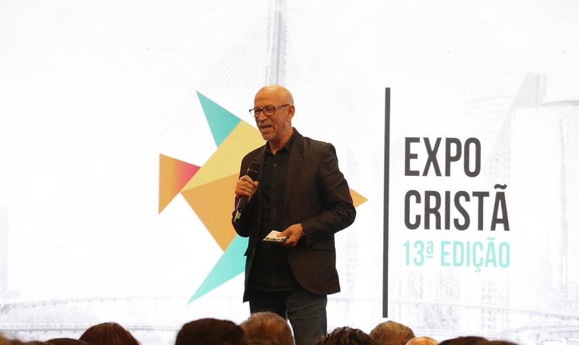 Pastor Jorge Linhares na abertura da 13ª edição da Expo Cristã. (Foto: Guiame/Marcos Paulo Correa)