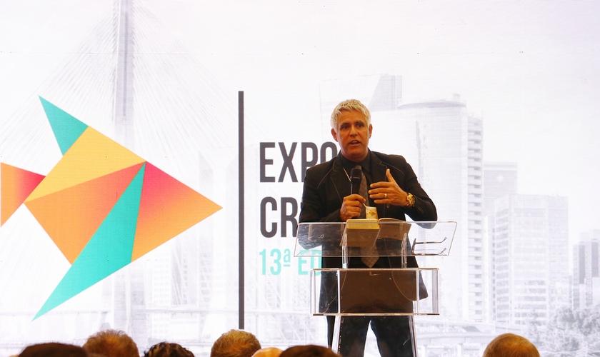 Cláudio duarte na abertura da 13ª Expo Cristã, em São Paulo. (Foto: Guiame/Marcos Paulo Corrêa)
