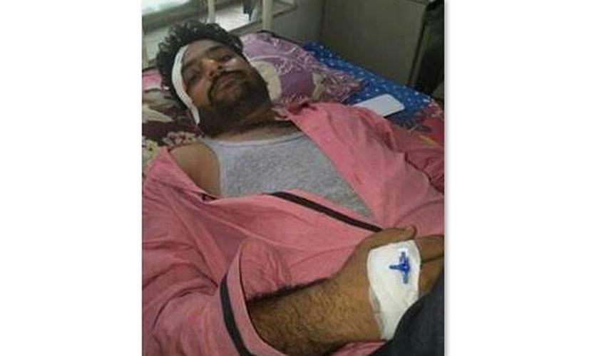 Harjot Sethi foi atingido na cabeça com bastões de metal e varas de madeira. (Foto: BACA).