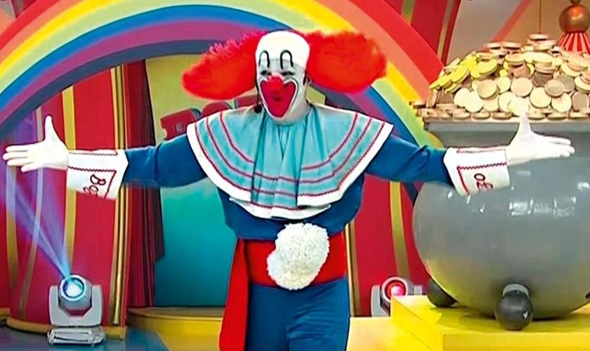 No Brasil, o palhaço Bozo começou a ser exibido em 1980. (Foto: Reprodução).