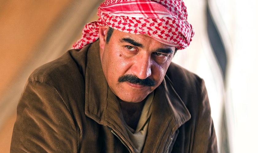 Saddam Hussein foi enforcado em 2006, condenado pelo assassinato de 148 xiitas. (Foto: Reprodução/HBO)
