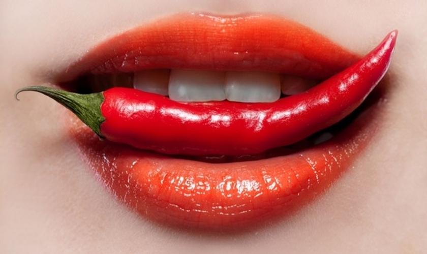 Pimenta na boca. (Foto: Inspirar.com.br)