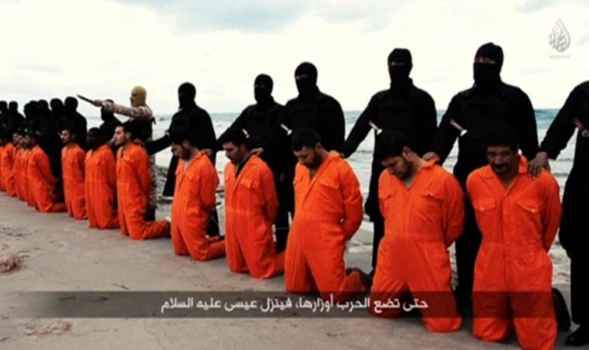 Em fevereiro de 2015, 21 cristãos coptas foram decapitados por