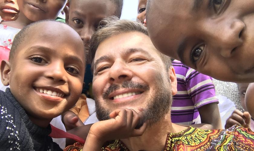 O projeto Daniel foi idealizado pelo Ministério Engel e visa apoiar crianças em situação de risco que vivem em países pobres da África. (Foto: Ministério Engel)