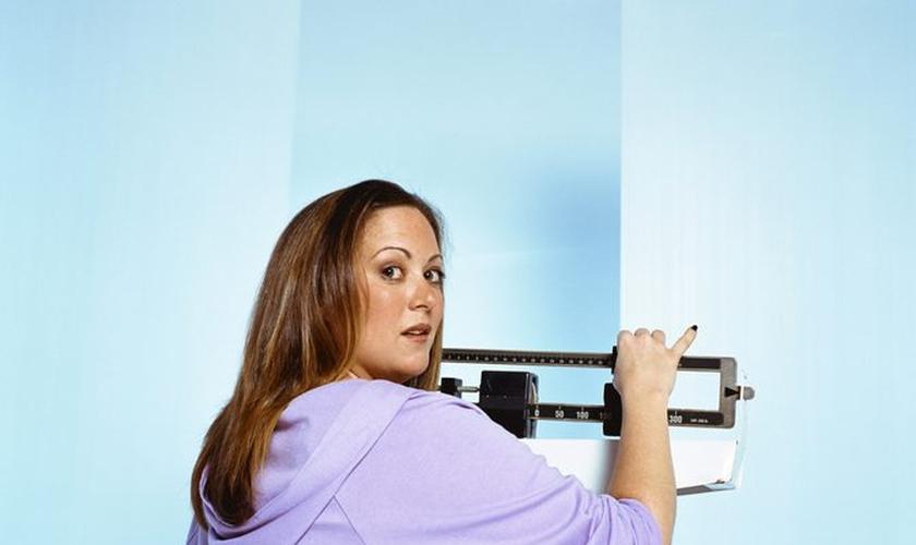 A maioria dos conselhos que você ouve por aí sobre dieta não são verdades. (Foto: Reprodução)