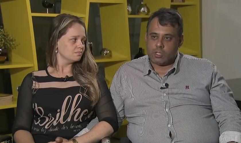 Leonardo e Bárbara são pais do jovem João Pedro, que foi baleado e morto por um colega de escola, em Goiânia. (Imagem: Fantástico)