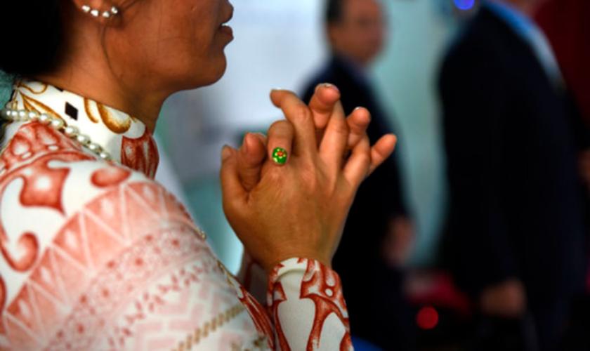 Imagem ilustrativa. Mulher foi violentada por causa de sua fé em Jesus. (Foto: Portas Abertas)