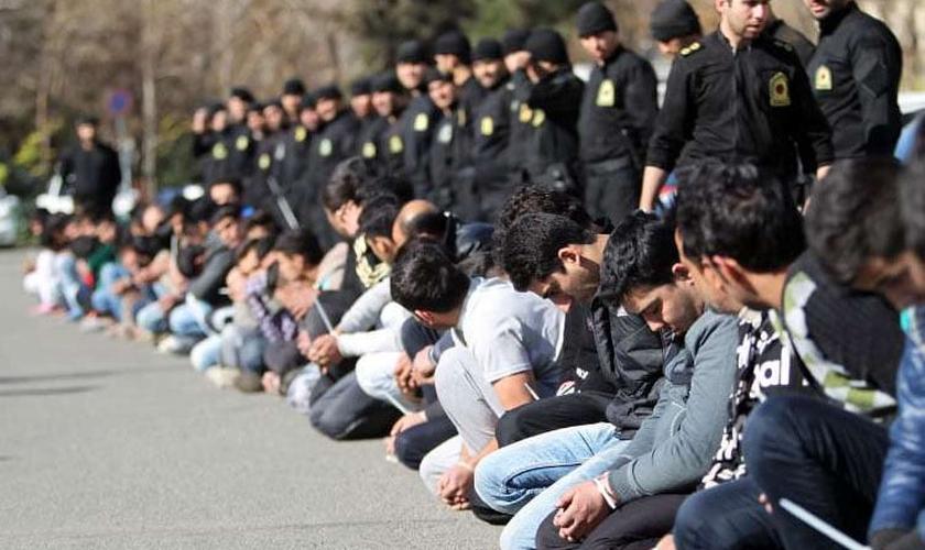 O governo do Irã declarou guerra contra o cristianismo e está prendendo os crentes pela pregação do Evangelho (Foto: Walid Shoebat).