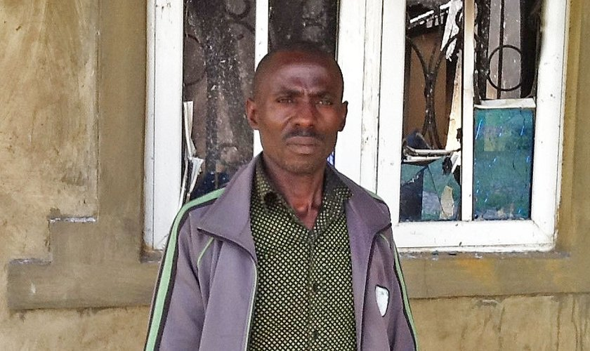Dauda Samuel Kadiya, líder da Igreja Evangélica Winning All, em Zanwrua. (Foto: Morning Star News).
