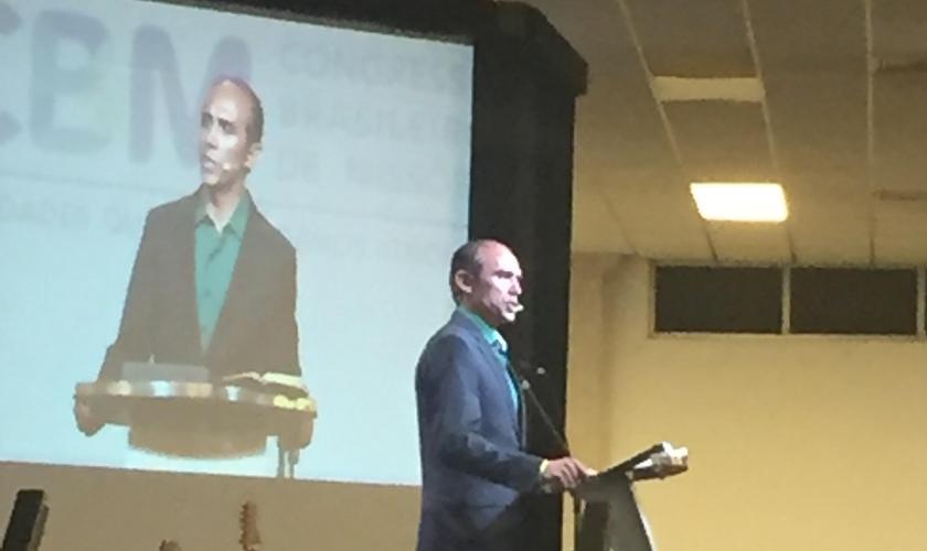 Missionário Dagnaldo Gomes na 8ª edição do Congresso Brasileiro de Missões. (Foto: Diane Duque/Guiame)