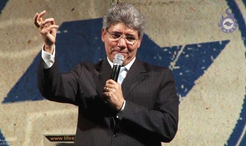 Hernandes Dias Lopes é pastor presbiteriano e escritor de mais 80 livros publicados. (Imagem: Youtube)