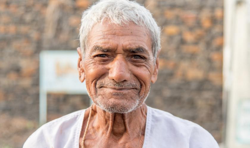 O homem também sofreu perseguição dentro de sua própria aldeia. Foto: Reprodução).