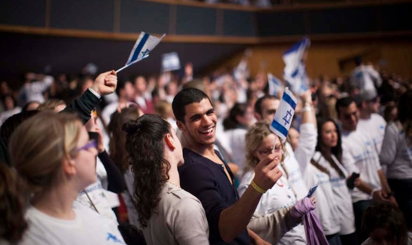 Resultado de imagem para imagens de israelenses são evangelizados em israel