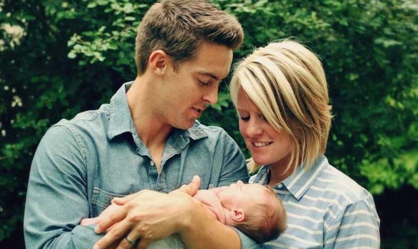 Davey Blackburn e sua esposa, Amanda, morta em 2015. (Foto: FaithWire)