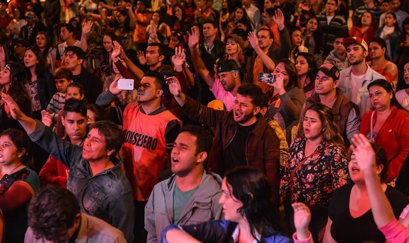 A ação foi liderada pelo evangelista Juan Cruz. (Foto: Reprodução).