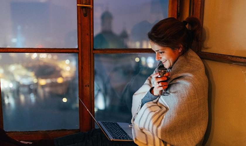 Veja sugestões de seriados da EF para praticar inglês na Netflix. (Foto: Getty Images)