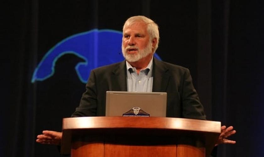 O pastor Rick Joyner diz que Apocalipse oferece os princípios básicos de preparação para o fim dos tempos. (Foto: Reprodução)