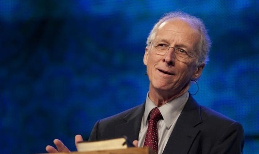 John Piper é pastor, teólogo e fundador do projeto 'Desiring God'. (Foto: Desiring God')