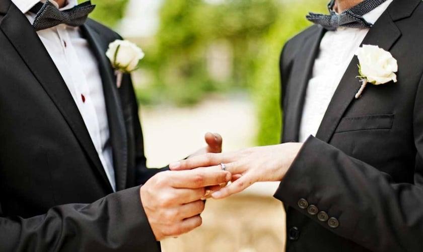 Speaking, Casamento entre homossexuais