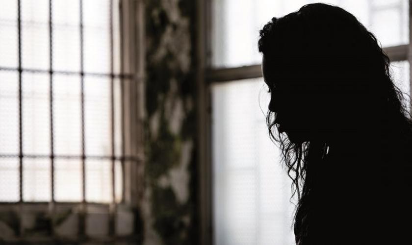 Mulheres cristãs estão enfrentando ameaças e abusos sexuais na Colômbia. (Foto: Reprodução).