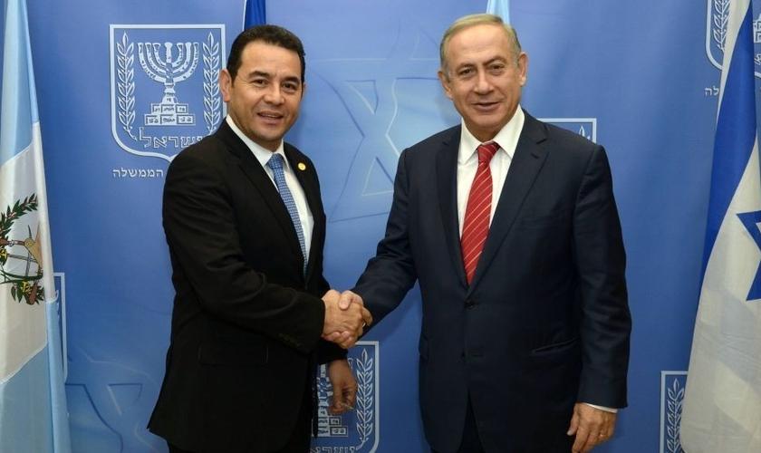 Presidente da Guatemala, Jimmy Morales (esquerda) e primeiro-ministro de Israel, Benjamin Netanyahu. (Foto: The Times of Israel)