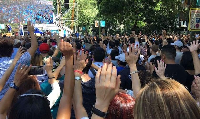 Evangélicos participam de evento na Espanha. (Foto: Evangelical Focus)