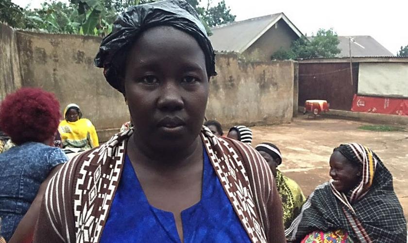 Imagem Ilustrativa. O marido de Regina Navatovu tentava converter a esposa ao Islã. Sem sucesso, ele resolveu matar seus filhos e feri-la. (Foto: Reprodução).