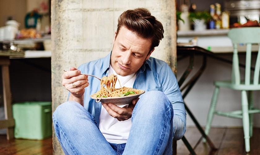 Nenhum alimento é vilão, mocinho ou pode ser responsável pela obesidade do mundo. (Foto: Jamie Oliver)