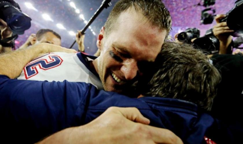Nick Foles é um dos destaques de seu time de futebol americano. (Foto: USA Today).