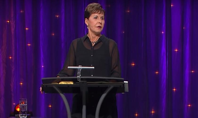 """Joyce Meyer é escritora e autora de grandes livros, como """"Eu e Minha Boca Grande"""". (Imagem: Youtube)"""