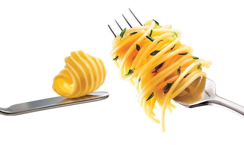 Cortar carboidratos ou gorduras? Não importa. As duas estratégias emagrecem. (Foto: Alex Silva/A2 Estúdio)